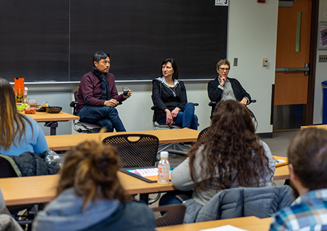 Alumni Share Advice with Graphic Design Seniors