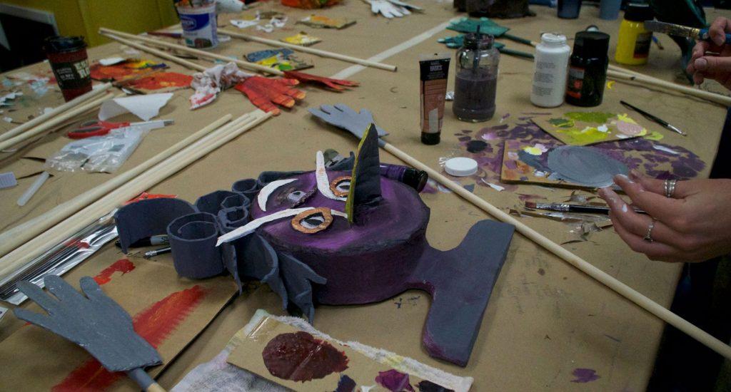 purple puppet face