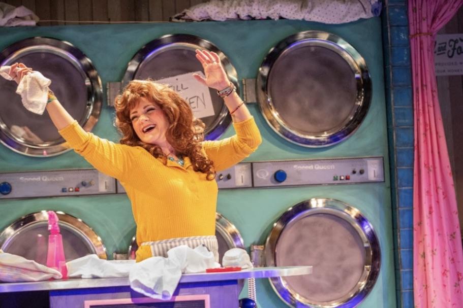 Honky Tonk Musical in Houston Showcases MSU Scene Design