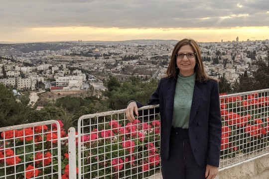 Professor Shares Experience Teaching in Israel While Street Violence Takes Place